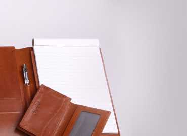Accessories and small leather goods - Versatile leather of the highest quality